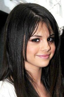 Selena-gomez-nyc-nc