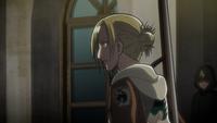 Armin llama a Annie