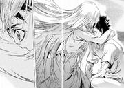 Carla abraza a Kyklo