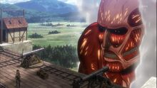 Titan colosal aparece por segunda vez en la muralla rose