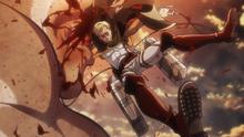 Erwin capturado por un titan