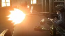 Levi dispara a Kenny