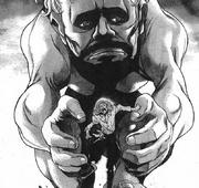 Cardina es perseguido por un titán