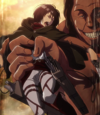 Mikasa wird zerquetscht