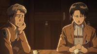 Levi und Auruo Bossard sitzen am Tisch