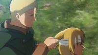 Reiner bandages Armin