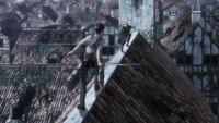 Bertholdt cuts off Armin's escape