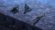 Reiner, Bertolt et Ymir se reposent après l'affrontement