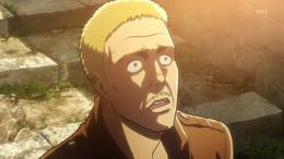 Hannes effrayé face au Titan