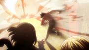 Eren s'élance vers le danger pour sauver ses amis