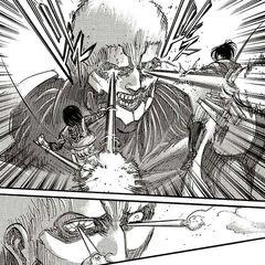 Микаса и Ханджи нападают на Ранйера