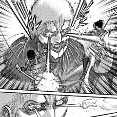 Mikasa y Hange atacan a Reiner.