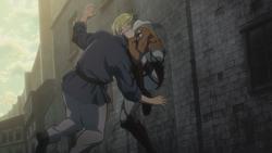 Annie besigt einen Mann mit Messer