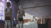 Hansi et Conny viennent annoncer ce qu'ils ont découvert à Erwin (épisode 37)