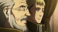 Zackley e Erwin discutono in carrozza