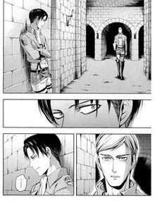 Erwin trova Levi nel Corridoio