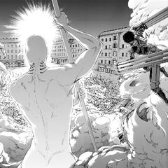 Mikasa se prepara para atacar al Titán Martillo de Guerra.