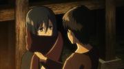 Eren gibt Mikasa seinen Schal (Anime)