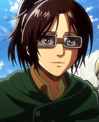 File:Hange Zoë in anime.png