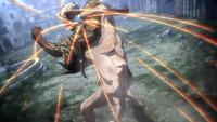 Eren schlägt den Kopf des gepanzerten Titans
