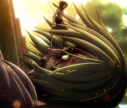 Mikasa verhindert, dass der weibliche Titan entkommt