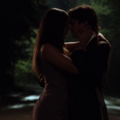Delena's last dance in 6x22: I'm Thinking Of You All The While