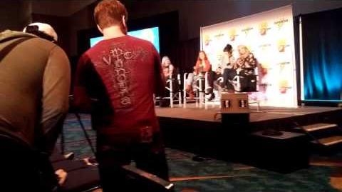 "Vic Mignogna ""Qrow"" Crashes RWBY Q&A (Paradise City Comic Convention 2016)"