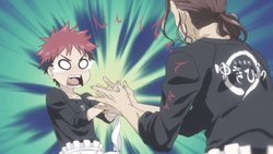 Jōichirō klopf Sōmas Hände zusammen
