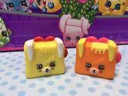 Tasty toast toys