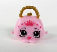 Pearly Purse toy