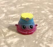 Shopkins-Fashion-Spree-EXCLUSIVE-2017-Penelope-Pleats-HTF
