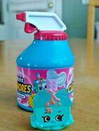 Brenda Brush toy