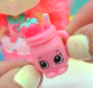Ruthie Smoothie FF toy