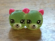 Shopkins-exclusive-earring-twins-translucent-from-mini-bag-free-ship-w-25-3fb854b1b36d2b8a0e4c87eeb16b8e21