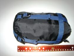 800px-Compactsleepingbag