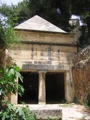 קבר יאסון
