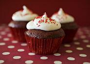 Red-velvet-cupcakes 23