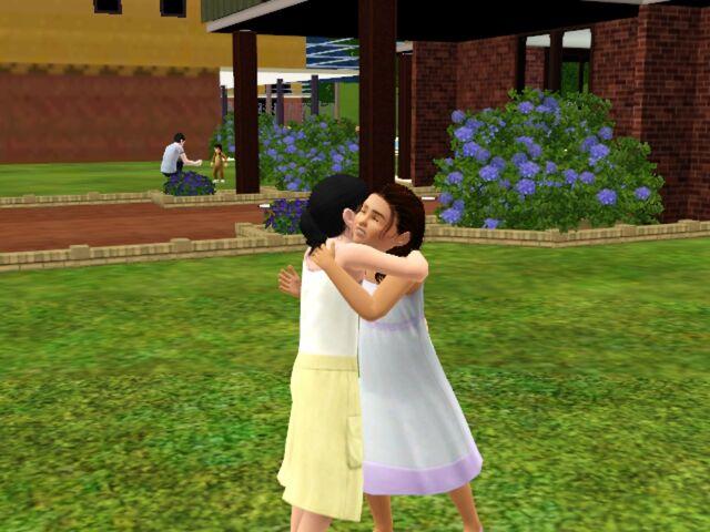 File:Nemo Ana hug.jpg