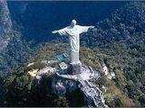 巨大耶稣雕像