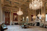 The Mingling Room, Aquitanian Embassy in East Heaven