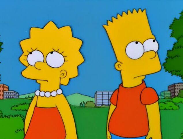 File:Bart vs. Lisa vs. the Third Grade 64.JPG