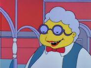Lisa the Beauty Queen 64