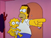Homer segurando a pequena Lisa