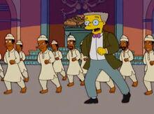 Smithers dançando indianos