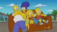Loan-a Lisa (Couch Gag) 4