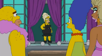 Homer drag queen