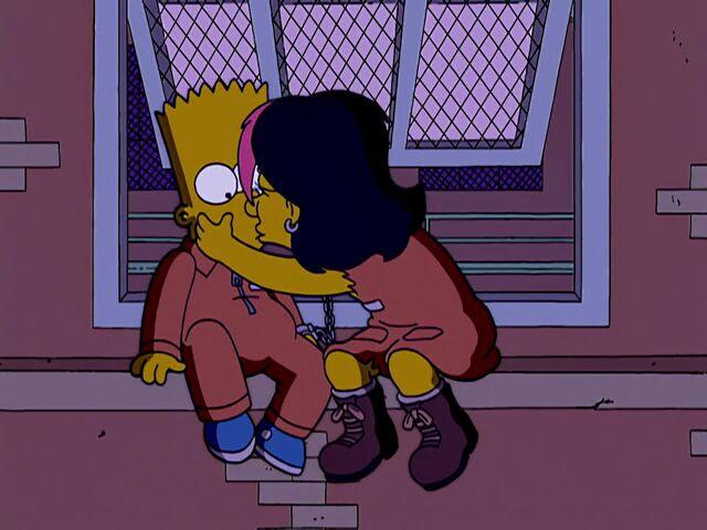 File:Gina Kisses Bart.JPG