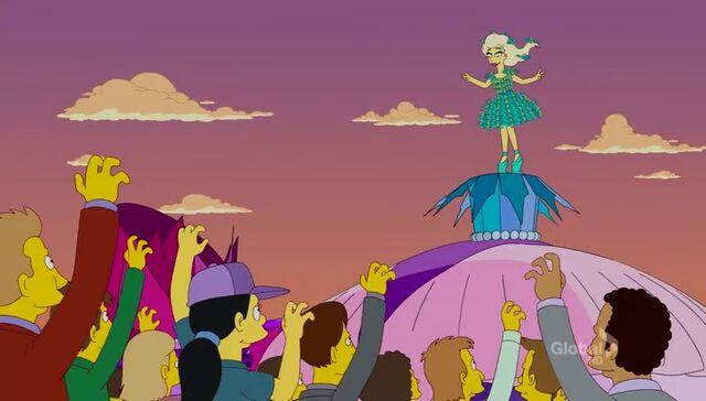 File:Lisa Goes Gaga 51.JPG
