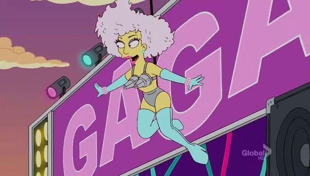 File:Lisa Goes Gaga 54.JPG