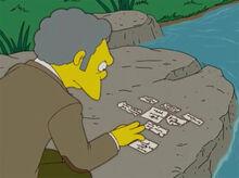 Moe montando poema papel sozinho
